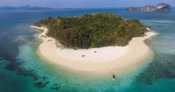 Пляжи, про которые никто не знает. Как провести отпуск в тишине